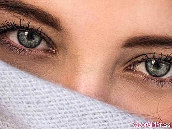 3 tips to reduce drooping eyelids