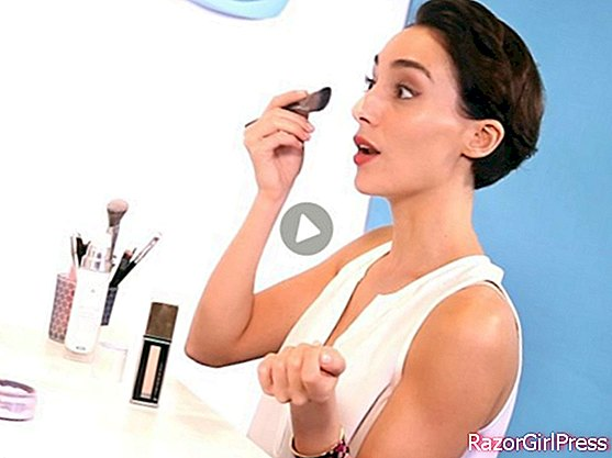 How to properly apply your foundation?