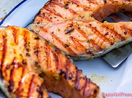 Salmon steaks with tapenade and pastis