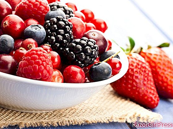 Cancer, berries attacking